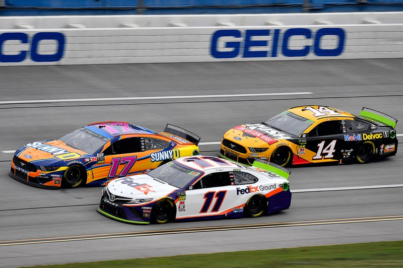 Denny Hamlin, Joe Gibbs Racing, Toyota Camry FedEx Ground, Ricky Stenhouse Jr., Roush Fenway Racing, Ford Mustang SunnyD, and Clint Bowyer, Stewart-Haas Racing, Ford Mustang Rush / Mobil Delvac 1