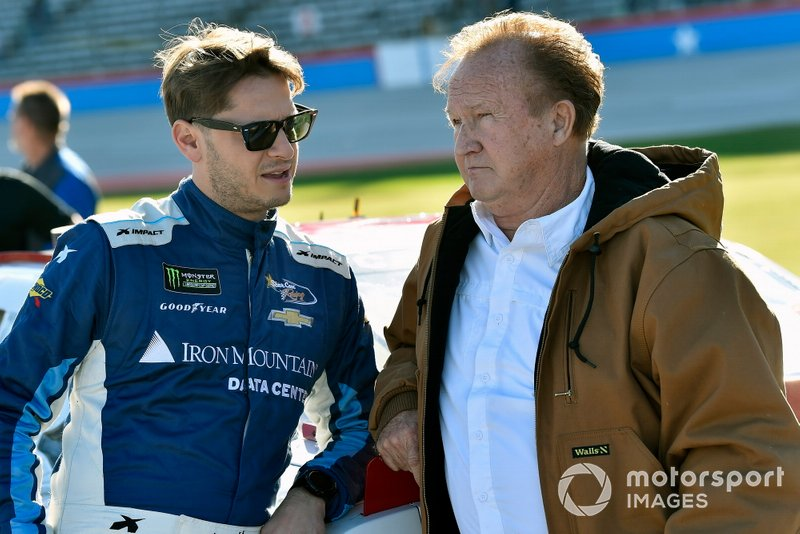 Landon Cassill, Shepherd Racing Ventures, Chevrolet Camaro Visone RV and Morgan Shepherd