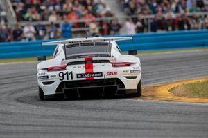 #911 Porsche GT Team Porsche 911 RSR: Nick Tandy, Frederic Makowiecki, Matt Campbell