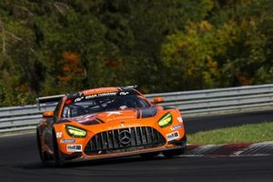 #54 Mercedes-AMG Team BLACK FALCON Mercedes-AMG GT3: Yelmer Buurman, Luca Stolz