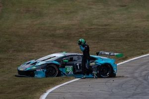 Crash: #48 Paul Miller Racing Lamborghini Huracan GT3: Bryan Sellers, Corey Lewis, Marco Seefried