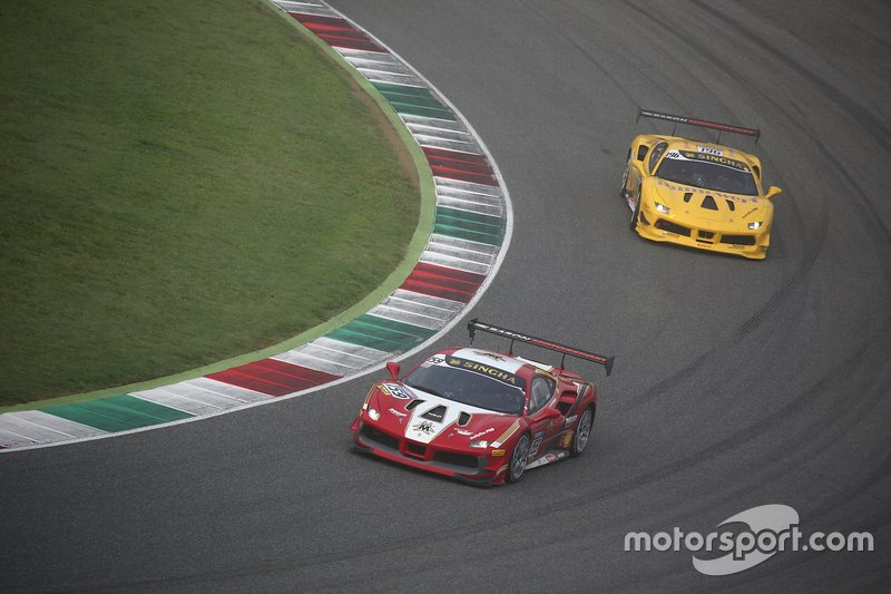 #159 Ferrari 488 Challenge, Baron Motorsport: Matthias Moser