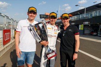 Обладатели поула Матье Жамине, Патрик Пиле и Мэтт Кэмпбелл, Absolute Racing