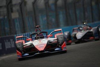 Pascal Wehrlein, Mahindra Racing, M6Electro, Robin Frijns, Virgin Racing, Audi e-tron FE06