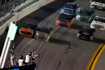 Jordan Anderson, Jordan Anderson Racing, Chevrolet Silverado, Grant Enfinger, ThorSport Racing, Ford F-150 Champion/ Curb Records, checkered flag, checkers, win