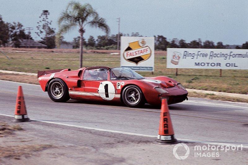 Ken Miles, Lloyd Ruby, Ford X1 Roadster