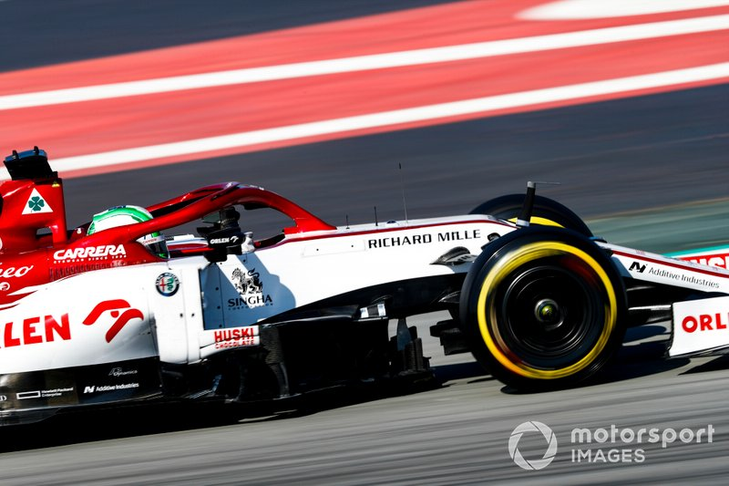 21º Antonio Giovinazzi, Alfa Romeo Racing C39: 1:19.670 (con neumáticos C3)