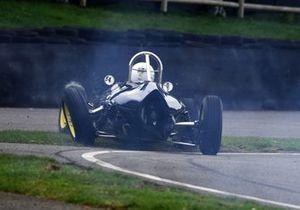 Arundell Cup Peter De La Roche Lola Mk3