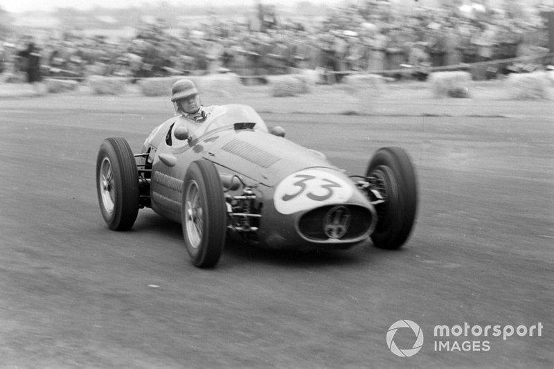 1. Onofre Marimón, Maserati 250F: del 28º al 3º en el GP de Gran Bretaña 1954