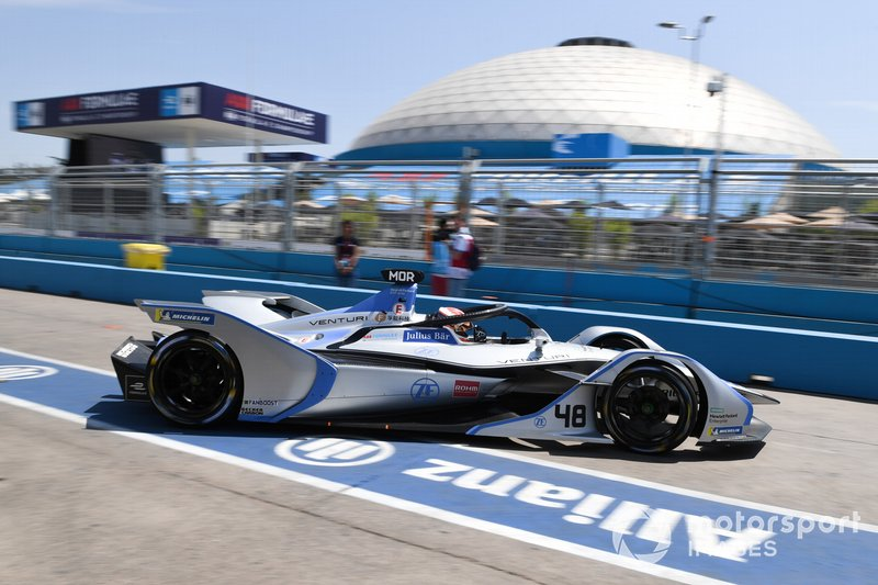 Edoardo Mortara Venturi Formula E, Venturi VFE05, drives into the pit lane