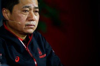 Toyoharu Tanabe, F1 Direttore Tecnico, Honda, durante la conferenza stampa del venerdì