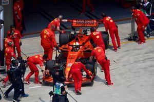 Sebastian Vettel, Ferrari SF90, retournant à son garage