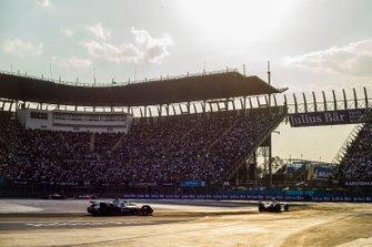 Mitch Evans, Panasonic Jaguar Racing, Jaguar I-Type 3 Robin Frijns, Envision Virgin Racing, Audi e-tron FE05