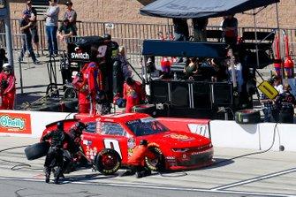 Garrett Smithley, JD Motorsports, Chevrolet Camaro teamjdmotorsports.com pit stop