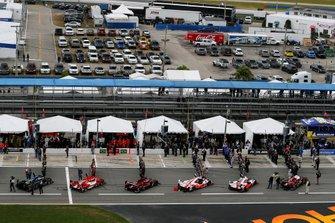 Pre-Race, #6 Acura Team Penske Acura DPi, DPi: Juan Pablo Montoya, Dane Cameron, Simon Pagenaud, #7 Acura Team Penske Acura DPi, DPi: Helio Castroneves, Ricky Taylor, Alexander Rossi