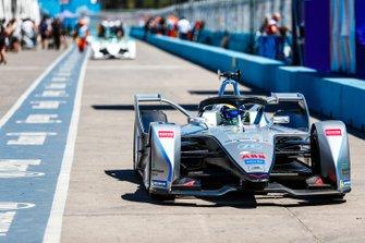Felipe Massa, Venturi Formula E, Venturi VFE05, drives down the pit lane