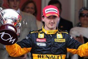 Podio: tercer lugar Robert Kubica, Renault