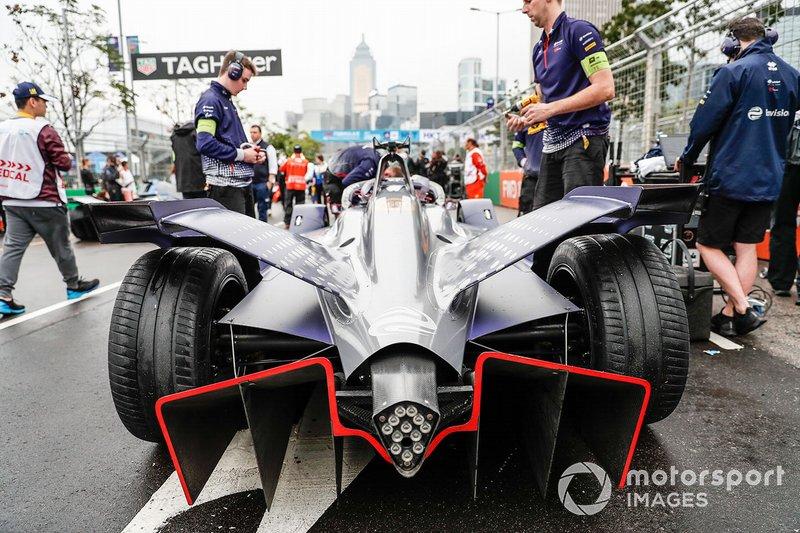Robin Frijns, Envision Virgin Racing, Audi e-tron FE05 on the grid