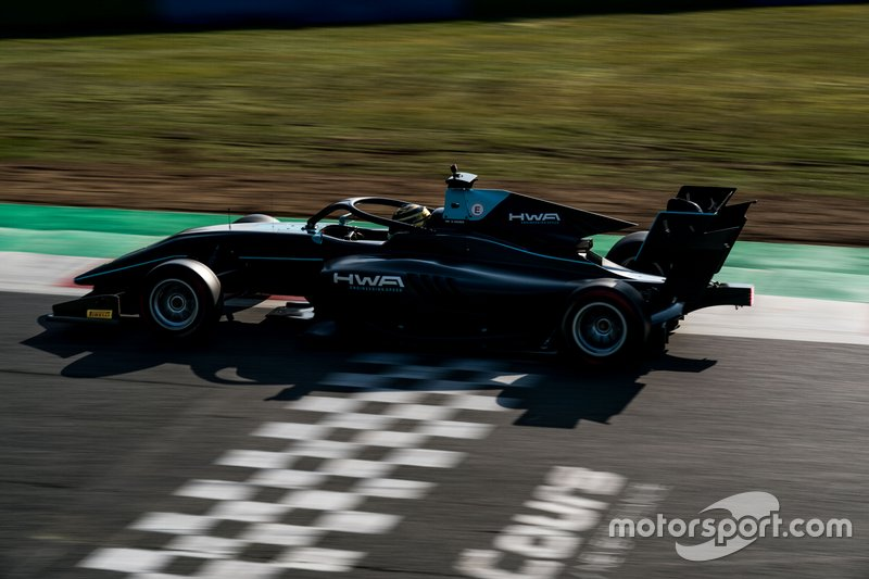 №12. Кейван Андрес (Германия, 19 лет), HWA Racelab
