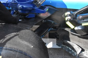 Detalle de la suspensión delantera Williams FW42