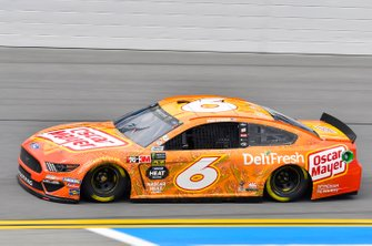 Ryan Newman, Roush Fenway Racing, Ford Mustang Oscar Mayer Deli Fresh