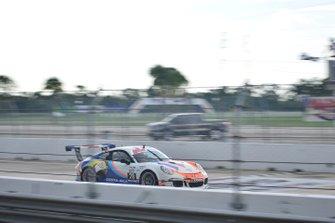 #28 MP1B Porsche GT3 Cup driven by Amadeo Quirós Jr. & Amadeo Quirós Sr. of Formula Motorsport