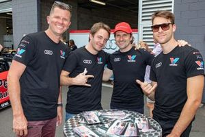 Garth Tander, Frédéric Vervisch, Markus Winkelhock, Kelvin van der Linde, Audi Sport Team Valvoline
