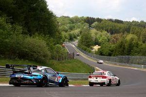 #18 KCMG Porsche 911 GT3 R: Alexandre Imperatori, Josh Burdon, Edoardo Liberati, Marco Holzer