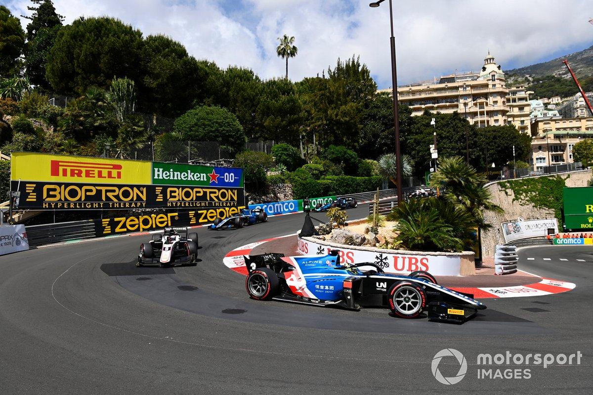 Christian Lundgaard, ART Grand Prix Guanyu Zhou, Uni-Virtuosi Racing