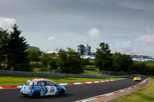 #685 Renault Clio Cup: Gerrit Holthaus, Marc Wylach, Michael Bohrer