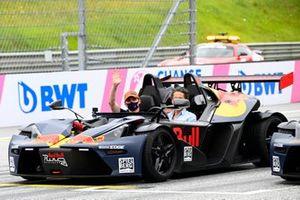 Max Verstappen, Red Bull Racing, pilote un KTM X-Bow