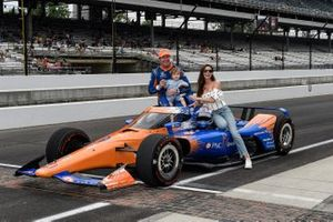 Scott Dixon, Chip Ganassi Racing Honda, family, Emma