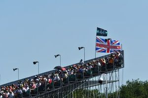 Support for Lewis Hamilton, Mercedes, from a grandstand