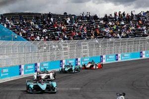Mitch Evans, Jaguar Racing, Jaguar I-TYPE 5, Andre Lotterer, Tag Heuer Porsche, Porsche 99X Electric, Sam Bird, Jaguar Racing, Jaguar I-TYPE 5