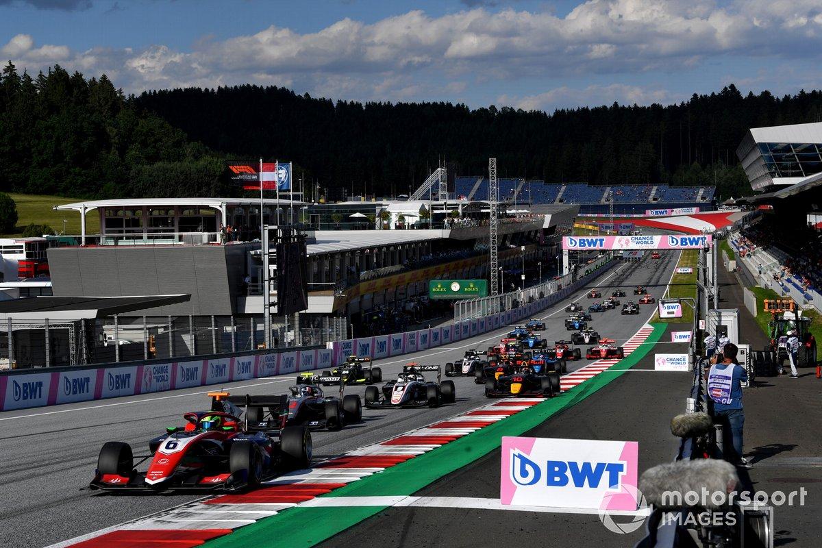 David Schumacher, Trident, Leads Roman Stanek, Hitech Grand Prix, Alexander Smolyar, ART Grand Prix