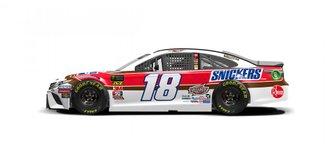 O carro #18 de Kyle Busch será parecido com o carro Snickers que Bobby Hillin Jr. correu para a Stavola Brothers em 1990