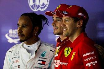 Lewis Hamilton, Mercedes AMG F1, polesitter Charles Leclerc, Ferrari en Sebastian Vettel, Ferrari
