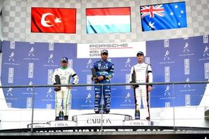 Podium: Race winner Dylan Pereira, Momo Megatron Lechner Racing, second place Ayhancan Güven, martinet by ALMERAS, third place Jaxon Evans, FACH AUTO TECH