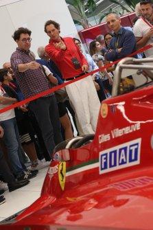 John Elkann e Mattia Binotto al Ferrari Family Day