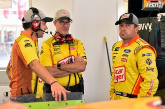 Ryan Newman, Roush Fenway Racing, Ford Mustang Oscar Mayer Bacon and Scott Graves