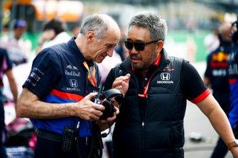 Franz Tost, Teambaas, Toro Rosso, en Masashi Yamamoto, General Manager, Honda Motorsport