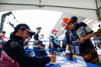 Sergio Perez, Racing Point, meets fans
