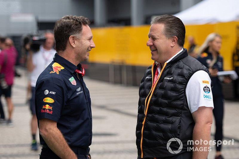 Christian Horner, Team Principal, Red Bull Racing, and Zak Brown, Executive Director, McLaren