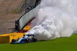 Robert Kubica, Williams FW42, stops with an engine problem