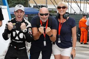 NTT P1 Award Winner Simon Pagenaud, Team Penske Chevrolet celebrates his pole position with friends