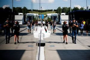 Robert Kubica, Williams Racing nel paddock