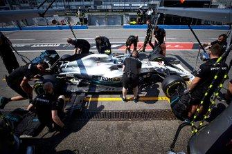 Пит-стоп: Валттери Боттас, Mercedes AMG F1 W10