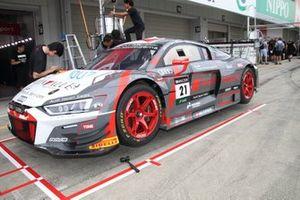 #21 Audi Team Hitotsuyama