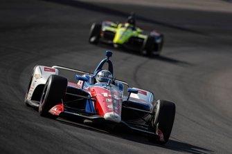 Tony Kanaan, A.J. Foyt Enterprises Chevrolet, Sebastien Bourdais, Dale Coyne Racing with Vasser-Sullivan Honda