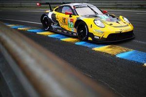 #72 Hub Auto Racing Porsche 911 RSR - 19 LMGTE Pro de Dries Vanthoor, Alvaro Parente, Maxime Martin